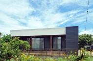 木板塀の家のイメージ5