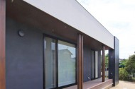 木板塀の家のイメージ7