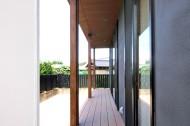 木板塀の家のイメージ8