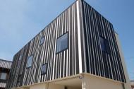 境内に建つ家のイメージ1