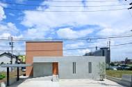 コンクリート壁のある木造住宅のイメージ1