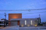 コンクリート壁のある木造住宅のイメージ2