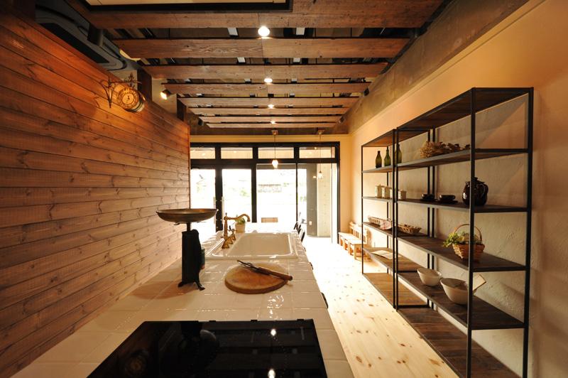 住宅ショールーム-材半建設